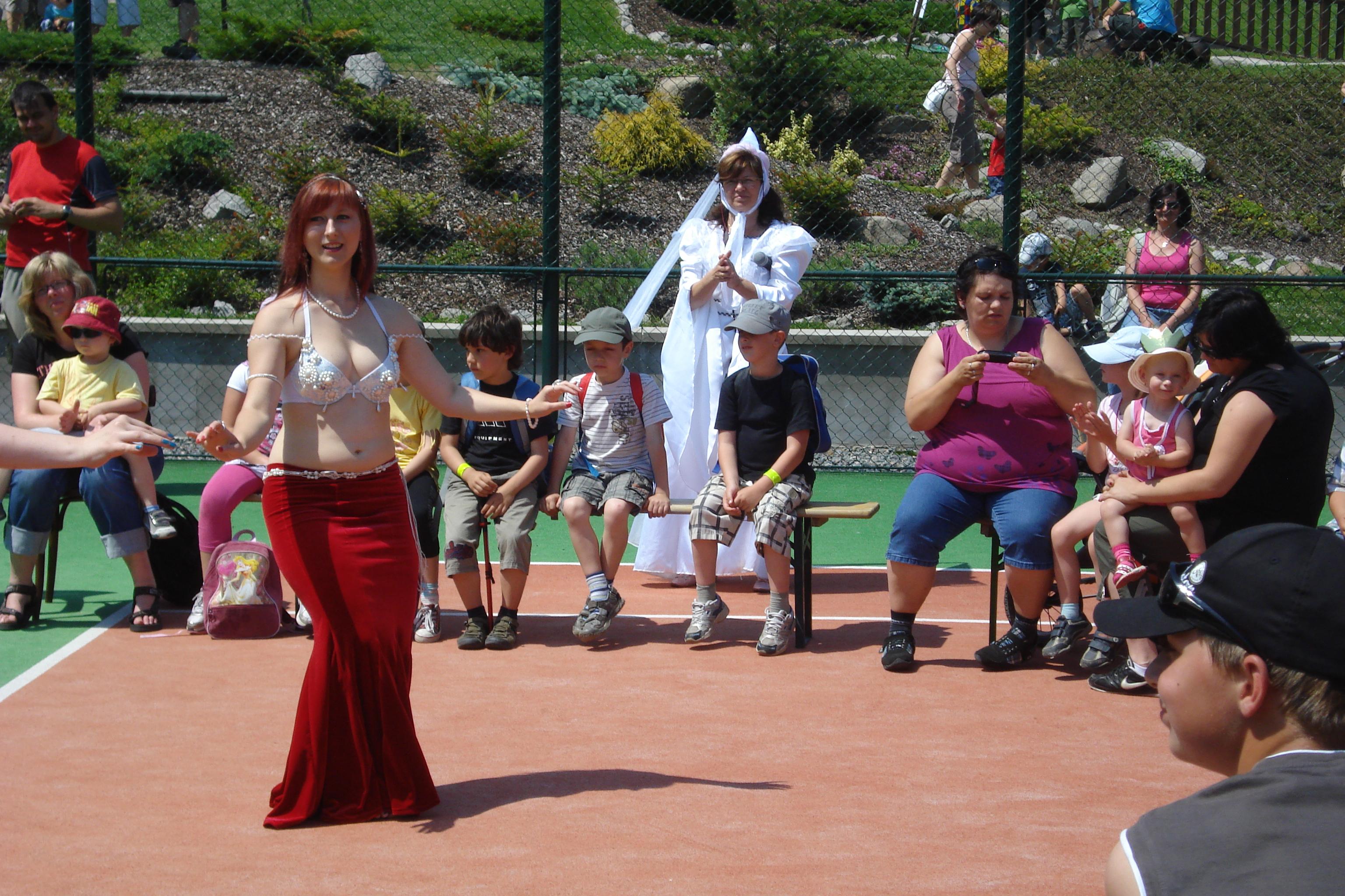 Orientální tanečnice na Berchtoldu