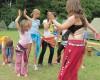 Bubnování, tanec a zpěv