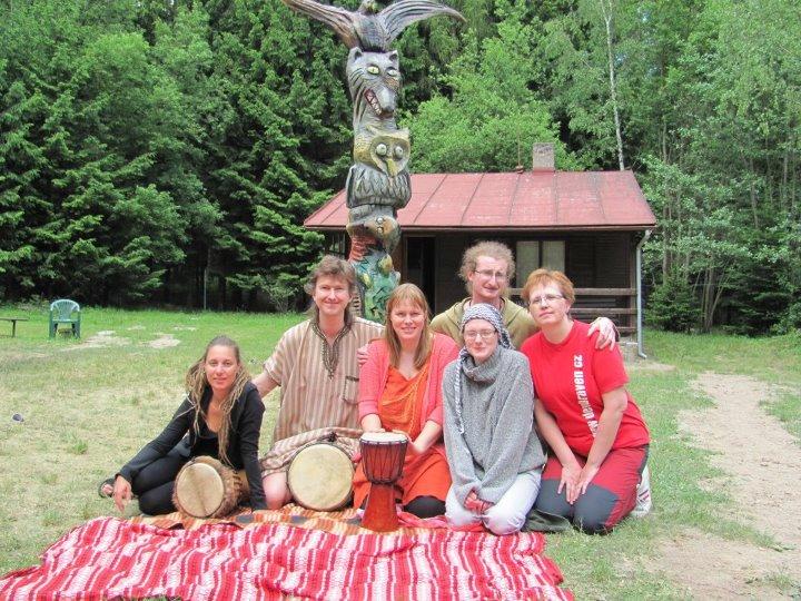 Hudebně taneční skupina Sueneé
